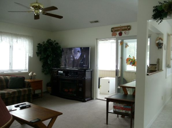 2 bed 2 bath Condo at 434 Villa Roma Rd Callicoon, NY, 12723 is for sale at 125k - 1 of 9