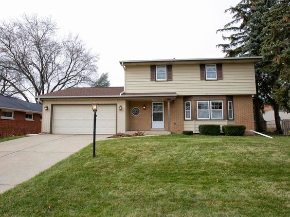 4 bed 3 bath Single Family at 4703 N 100th St Wauwatosa, WI, 53225 is for sale at 240k - 1 of 24