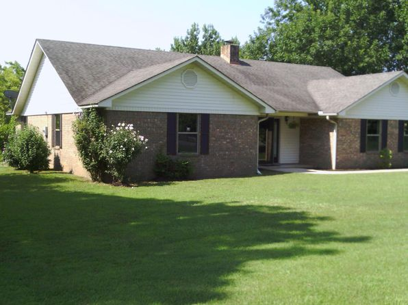 4 bed 2 bath Single Family at 7 4th St Greenbrier, AR, 72058 is for sale at 214k - 1 of 26