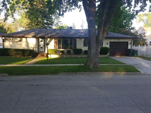 3 bed 2 bath Single Family at 441 Vine St Fond Du Lac, WI, 54935 is for sale at 118k - 1 of 10