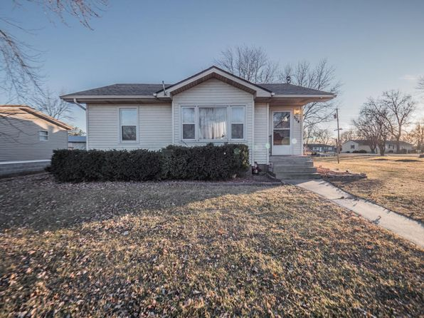 2 bed 1 bath Single Family at 504 W Broadway St Madison, MO, 65263 is for sale at 65k - 1 of 22