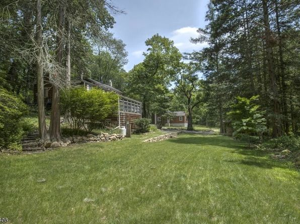 4 bed 4 bath Single Family at 229 233 Black River Rd Washington Twp., NJ, 07853 is for sale at 253k - 1 of 23