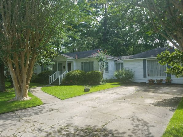 3 bed 1 bath Single Family at 210 Johnston St Chickasaw, AL, 36611 is for sale at 50k - 1 of 2