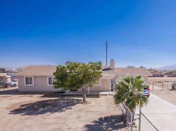 3 bed 2 bath Single Family at 11207 Mohawk Rd Apple Valley, CA, 92308 is for sale at 185k - 1 of 18