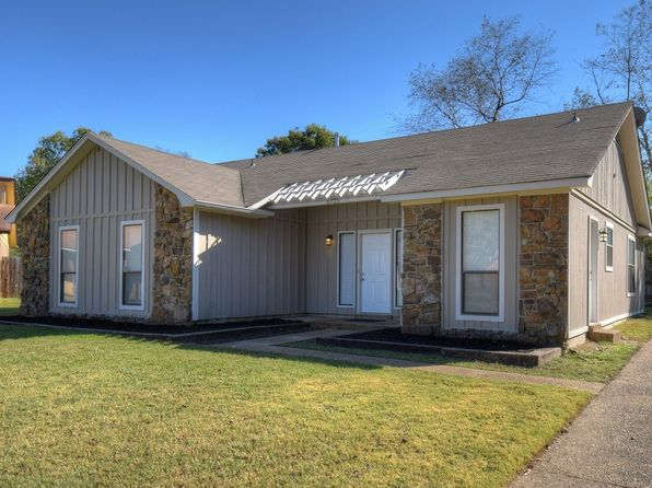 3 bed 2 bath Single Family at 6725 Hallshire Cv Memphis, TN, 38115 is for sale at 116k - 1 of 29