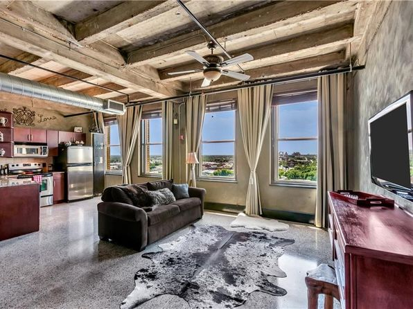 1 bed 1 bath Condo at 221 W Lancaster Ave Fort Worth, TX, 76102 is for sale at 175k - 1 of 27