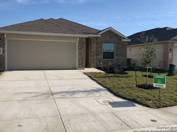 3 bed 2 bath Single Family at 155 Meadow Path New Braunfels, TX, 78130 is for sale at 221k - 1 of 14