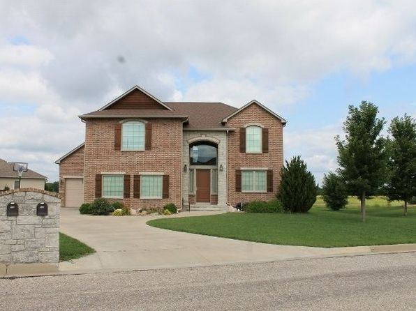4 bed 3 bath Single Family at 715 Quail Nest Rd Winfield, KS, 67156 is for sale at 285k - 1 of 25