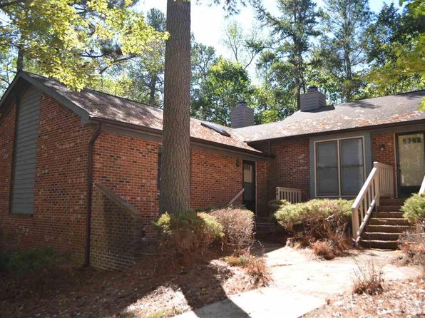 2 bed 2 bath Townhouse at 500 W Woodcroft Pkwy Durham, NC, 27713 is for sale at 129k - 1 of 13