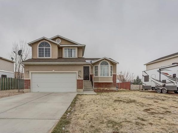 4 bed 2 bath Single Family at 207 N 1720 W Clinton, UT, 84015 is for sale at 253k - 1 of 24
