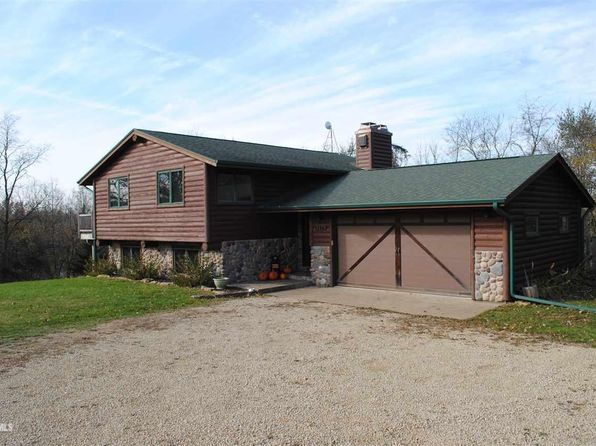 3 bed 3 bath Single Family at 25 THUNDER ROCK TRL GALENA, IL, 61036 is for sale at 240k - 1 of 21