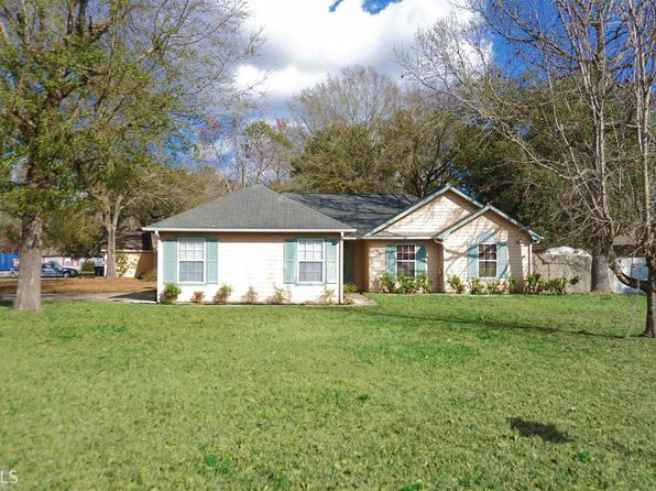 3 bed 2 bath Single Family at 135 LAKESIDE DR KINGSLAND, GA, 31548 is for sale at 140k - 1 of 15