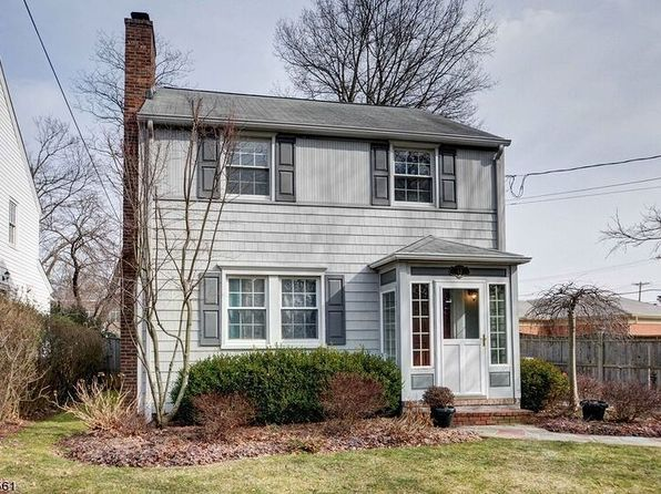 3 bed 3 bath Single Family at 12 Campbell Rd Short Hills, NJ, 07078 is for sale at 799k - 1 of 14