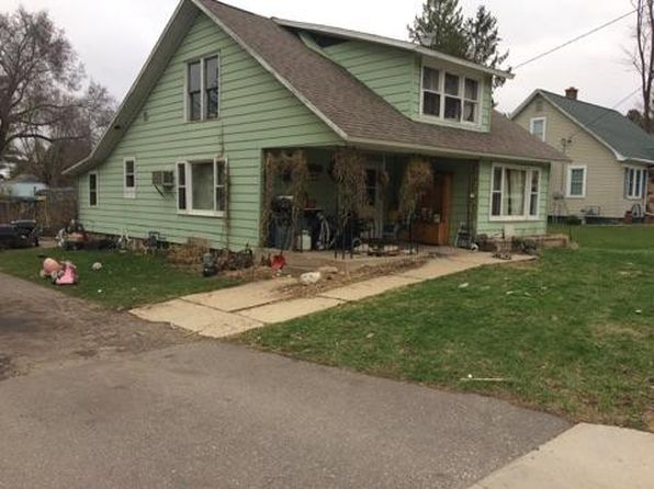 4 bed 1 bath Single Family at 530 Union St Manawa, WI, 54949 is for sale at 34k - google static map