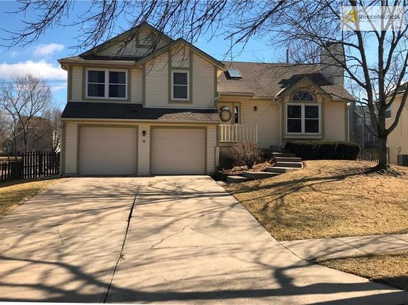 4 bed 3 bath Single Family at 15745 Horton St Overland Park, KS, 66223 is for sale at 265k - google static map