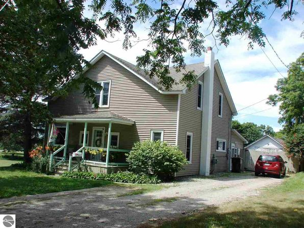 5 bed 2 bath Single Family at 108 S Elm St Ithaca, MI, 48847 is for sale at 100k - 1 of 55