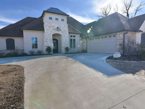 4 bed 3 bath Single Family at 5610 Palladio Ct Longview, TX, 75605 is for sale at 420k - 1 of 24