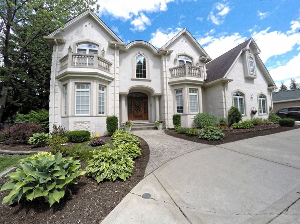 5 bed 6 bath Single Family at 5939 S Edgewood Ln La Grange Highlands, IL, 60525 is for sale at 939k - 1 of 36