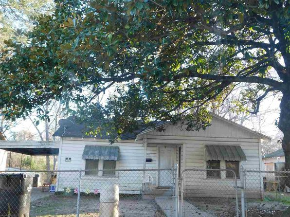 2 bed 1 bath Single Family at 1802 E Timpson St Longview, TX, 75602 is for sale at 30k - google static map
