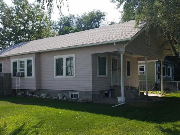 4 bed 2 bath Single Family at 402 Howard Ave Billings, MT, 59101 is for sale at 170k - 1 of 9