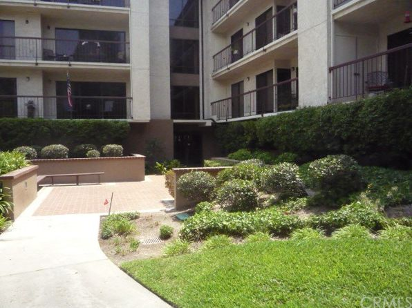 2 bed 2 bath Condo at 13601 Del Monte Dr Seal Beach, CA, 90740 is for sale at 365k - 1 of 11