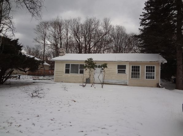 2 bed 1 bath Single Family at 384 Mountain Rd Albrightsville, PA, 18210 is for sale at 28k - 1 of 14