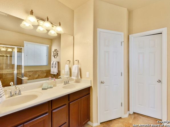4 bed 3 bath Single Family at 128 Vista Del Rey Cibolo, TX, 78108 is for sale at 270k - 1 of 4