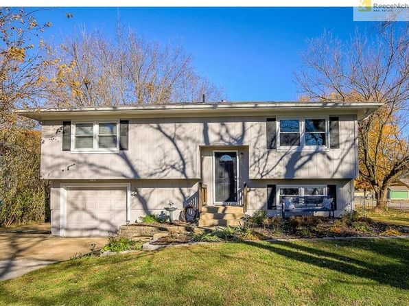 3 bed 2 bath Single Family at 300 W Johnson St Spring Hill, KS, 66083 is for sale at 170k - 1 of 24