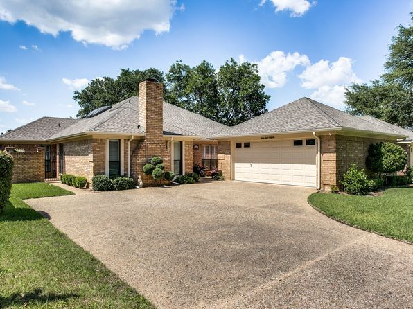 3 bed 2 bath Single Family at 4852 Courtside Dr Fort Worth, TX, 76133 is for sale at 210k - 1 of 25