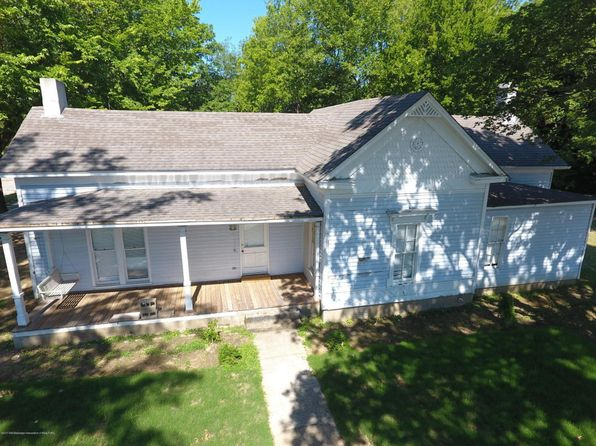 3 bed 2 bath Single Family at 140 N Walthall St Holly Springs, MS, 38635 is for sale at 95k - 1 of 14
