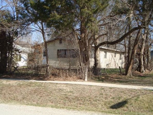 3 bed 1 bath Single Family at 142 N 3rd St Verona, MO, 65769 is for sale at 20k - 1 of 3