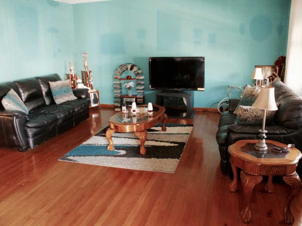 3 bed 2.5 bath Townhouse at 1821 N 15th Ave Melrose Park, IL, 60160 is for sale at 155k - 1 of 16