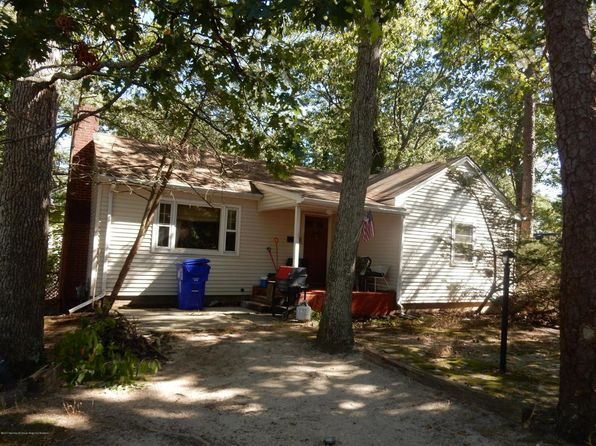 2 bed 1 bath Single Family at 11 Navajo Trl Brick, NJ, 08724 is for sale at 214k - 1 of 34