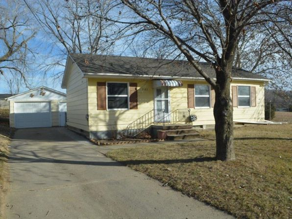 3 bed 1 bath Single Family at 3903 W 4th St Sioux City, IA, 51103 is for sale at 120k - 1 of 15