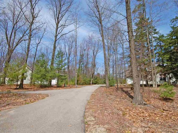 null bed null bath Vacant Land at 33 Pine Trce Glen Arbor, MI, 49636 is for sale at 110k - 1 of 7