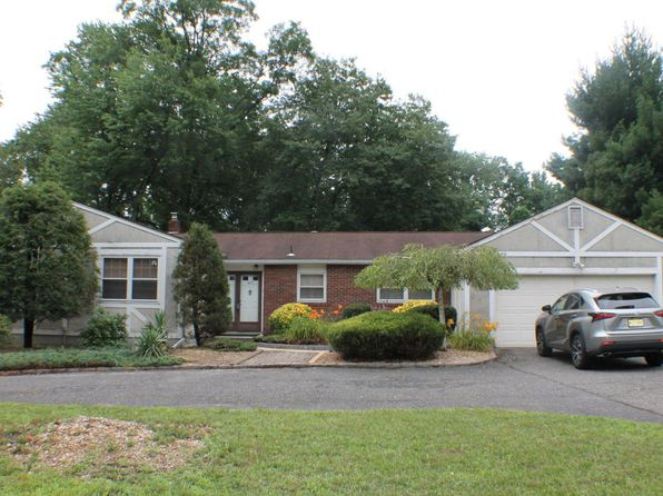 3 bed 3 bath Single Family at 425 Union Hill Rd Morganville, NJ, 07751 is for sale at 350k - 1 of 32