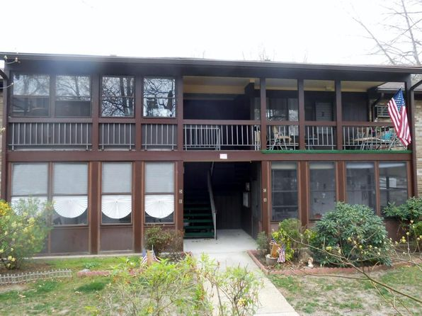 2 bed 1 bath Condo at 106 Amberly Dr Manalapan, NJ, 07726 is for sale at 177k - 1 of 14