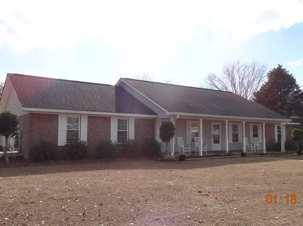 3 bed 2 bath Single Family at 102 Foxmore Dr Dothan, AL, 36305 is for sale at 170k - 1 of 11