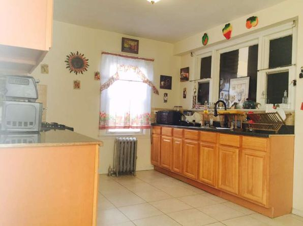 3 bed 2 bath Single Family at 17120 144th Ave Jamaica, NY, 11434 is for sale at 415k - 1 of 28