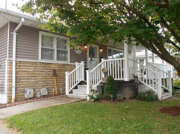 3 bed 2 bath Single Family at 811 Florence St Belpre, OH, 45714 is for sale at 125k - 1 of 26