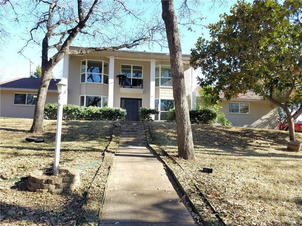 4 bed 4 bath Single Family at 1407 CLIFFWOOD RD EULESS, TX, 76040 is for sale at 365k - 1 of 31