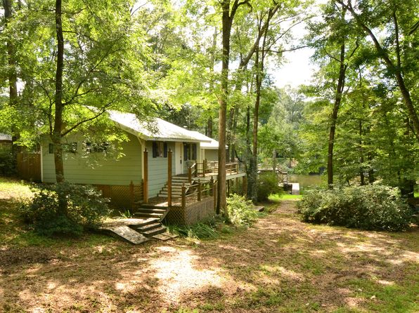 2 bed 2 bath Single Family at 12797 Dogwood Rd Saint Francisville, LA, 70775 is for sale at 259k - 1 of 24