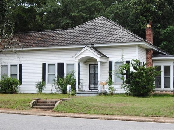 3 bed 2 bath Single Family at 400 Columbus St W Fayette, AL, 35555 is for sale at 60k - 1 of 13
