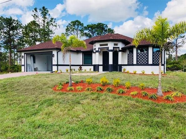 singles in lehigh acres Outdoor atrium with utility sink | view 24 photos of this 3 bed, 2 bath, 1,785 sq ft single family home at 239 rue labonne rd, fort myers, fl 33913 on sale now for $246,800.