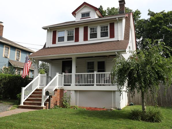 3 bed 2 bath Single Family at 124 Grand Ave Ridgefield Park, NJ, 07660 is for sale at 379k - 1 of 15