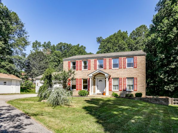 4 bed 4 bath Single Family at 10038 Tanya Ct Ellicott City, MD, 21042 is for sale at 570k - 1 of 29