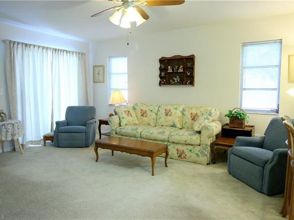 2 bed 2 bath Condo at 1103 SE 8th Ter Cape Coral, FL, 33990 is for sale at 83k - 1 of 7