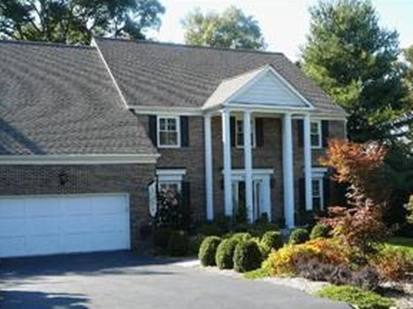 4 bed 4 bath Single Family at 10032 Scenic View Ter Vienna, VA, 22182 is for sale at 999k - google static map