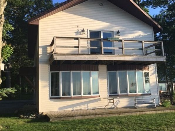 4 bed 2 bath Single Family at 327 Sheridan Houghton Lake, MI, 48629 is for sale at 280k - 1 of 23