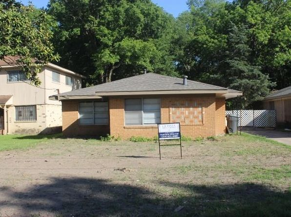 3 bed 2 bath Single Family at 2426 Lanark Ave Dallas, TX, 75203 is for sale at 125k - 1 of 13
